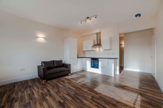 Thumbnail Flat to rent in 2-6 Friern Park, North Finchley