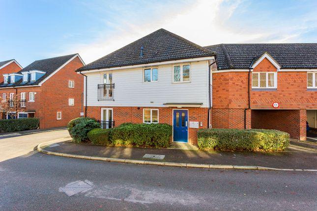 Thumbnail Flat for sale in Albion Way, Edenbridge