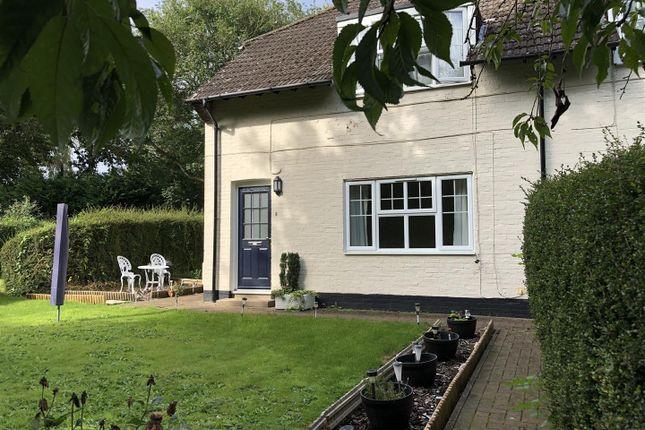 1 bed flat to rent in Whitemans Green, Cuckfield, Haywards Heath RH17