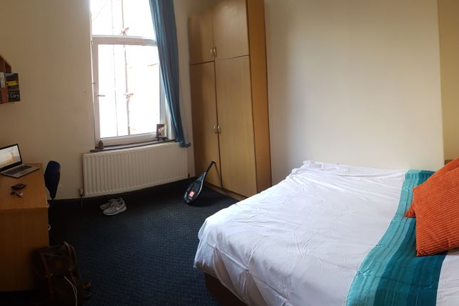Thumbnail Shared accommodation to rent in Jay House, Flat 2, 88 London Road, Leicester