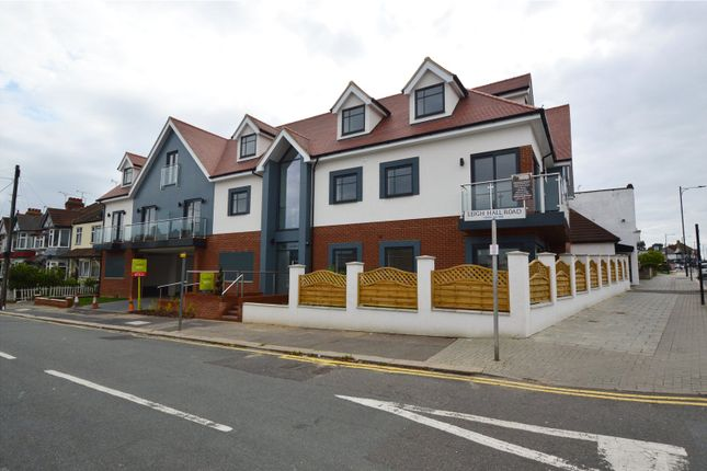 Thumbnail Flat for sale in London Road, Leigh On Sea, Essex