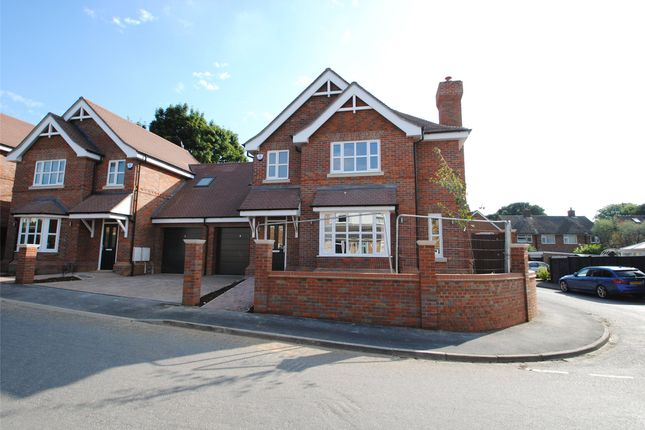 Thumbnail Semi-detached house to rent in Trident Road, Leavesden, Watford