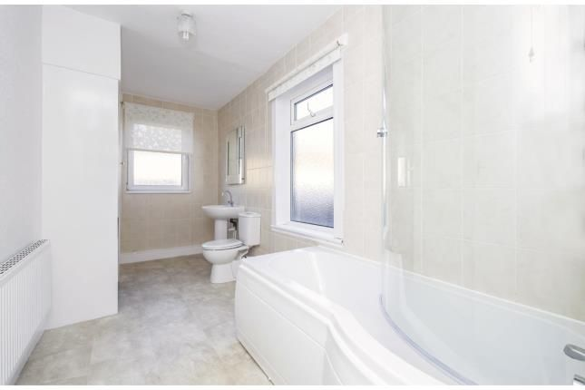 Bathroom of Wilmington Road, Leicester, Leicestershire LE3
