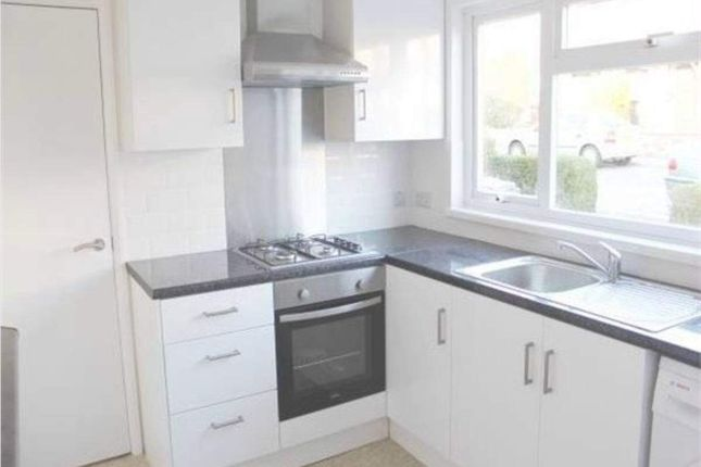 Thumbnail Flat to rent in Indells, Hatfield
