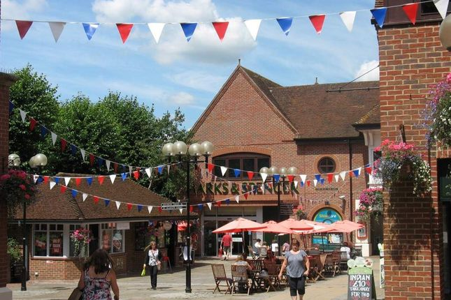 Thumbnail Retail premises to let in Suite First Floor, St Martins Walk, Dorking