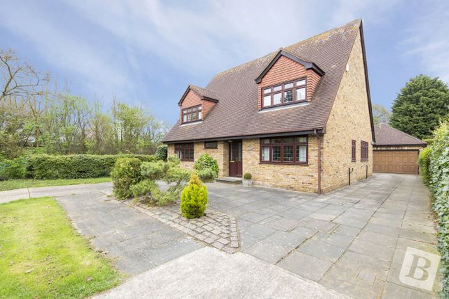 Thumbnail Detached house for sale in Beauly Way, Rise Park, Essex
