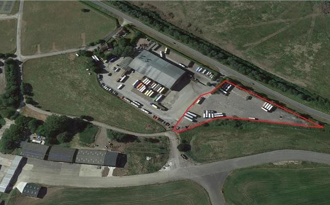 Land to let in Wetherby Road, Rufforth, York