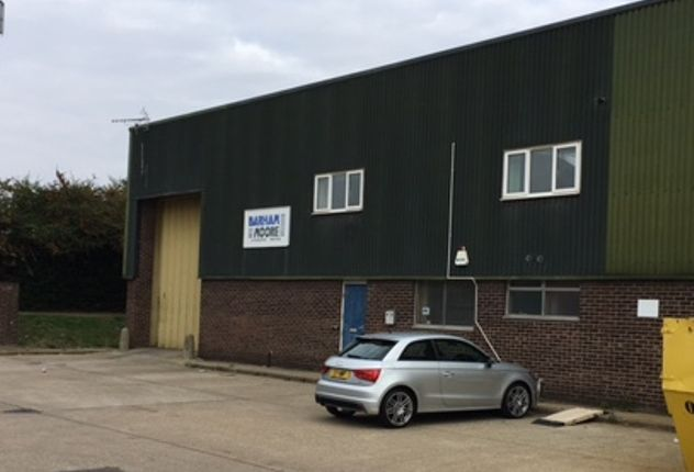 Thumbnail Warehouse to let in Grafton Place, Dukes Park Industrial Estate, Chelmsford