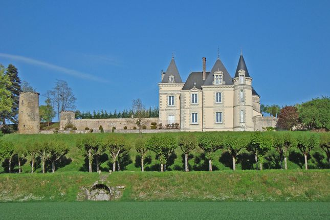 Thumbnail Property for sale in 37000, Château-Du-Loir, France