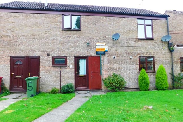 Thumbnail Flat for sale in Barnstaple Road, Scunthorpe, Lincolnshire