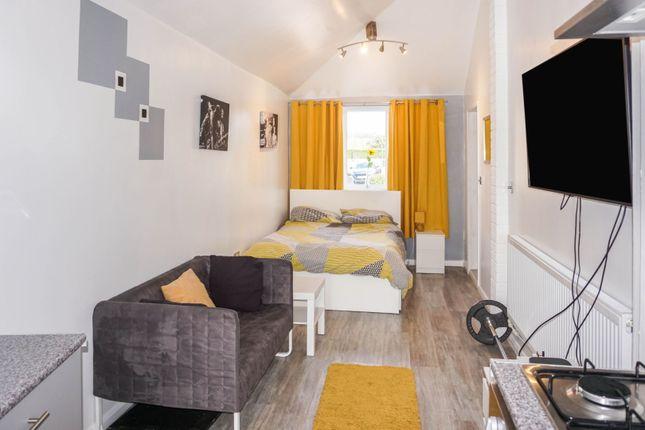 Annexe Bedroom of Pasture Way, Sherburn In Elmet, Leeds LS25