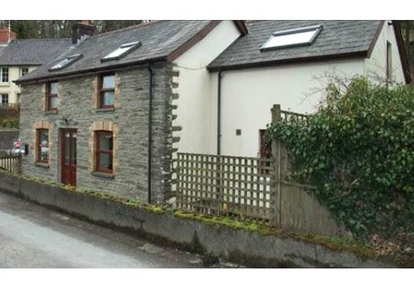 Thumbnail Detached house to rent in Cwmhiraeth, Felindre, Llandysul, Camarthenshire, West Wales