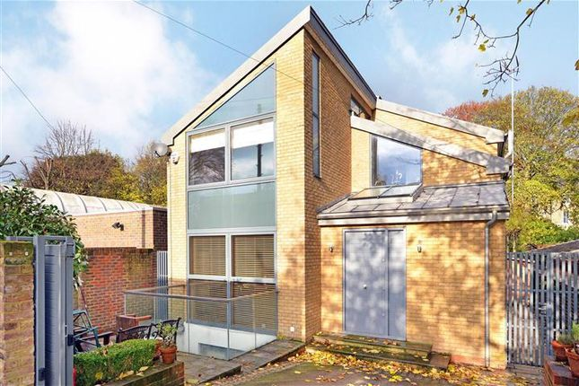 Thumbnail Detached house to rent in Langton Way, Blackheath, London