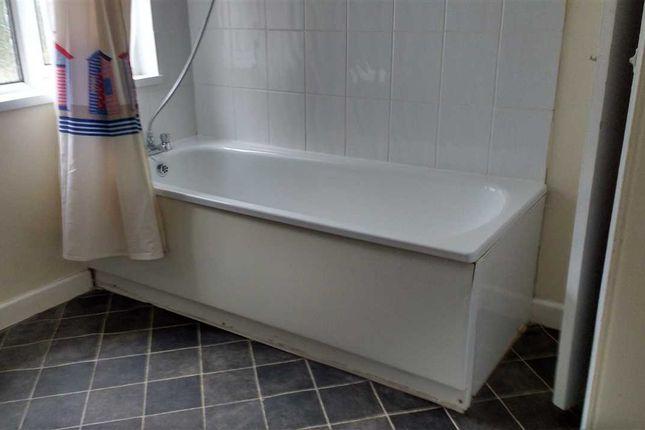 Bathroom of Tymawr Terrace, Pontypridd CF37