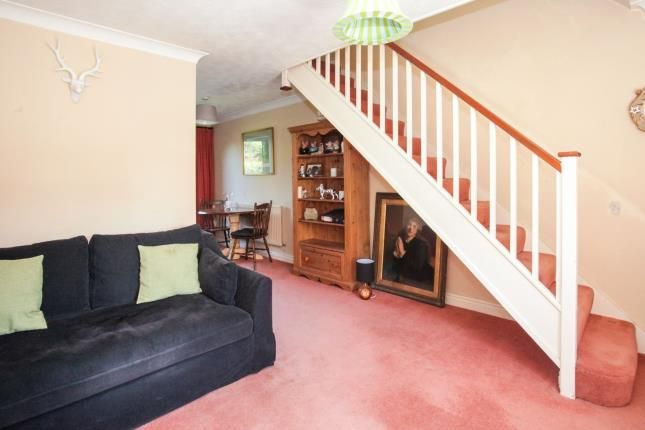 Peachy 2 Bed Terraced House For Sale In Holly Farm Close Pdpeps Interior Chair Design Pdpepsorg
