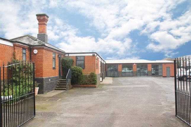 Thumbnail Office to let in Station Court, High Road, Cookham, Berkshire