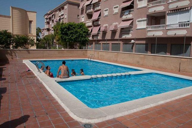 2 bed bungalow for sale in Santa Pola, Alicante, Spain
