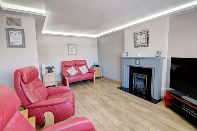 Thumbnail Bungalow for sale in Foredyke Avenue, Hull