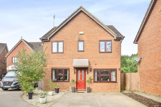 4 bed detached house for sale in Farleys Way, Rye TN31