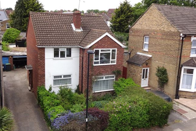 Thumbnail Flat for sale in Morley Hill, Enfield, Middlesex