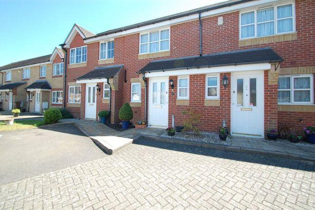 Thumbnail Property to rent in Amberwood Close, Wallington
