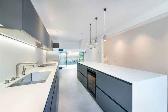 Thumbnail Terraced house to rent in Mimosa Street, Fulham, London
