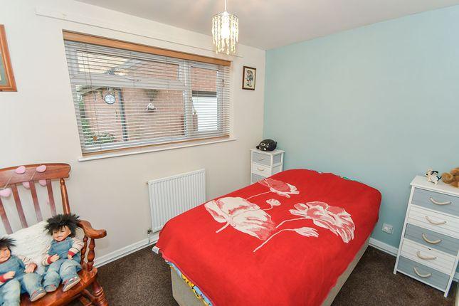 Bedroom of Aldergrove Crescent, Lincoln, Lincolnshire LN6