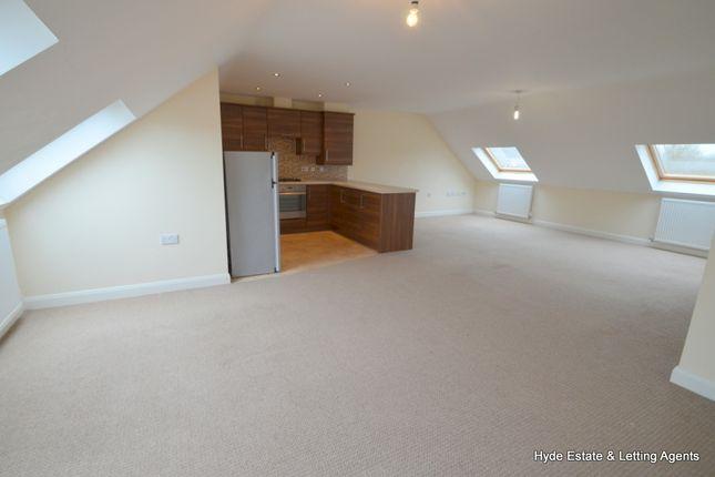 Flat to rent in Moss Lane, Blackrod, Bolton