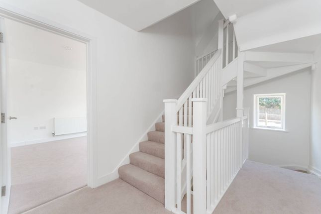 Thumbnail Property for sale in Browning Avenue, Ealing