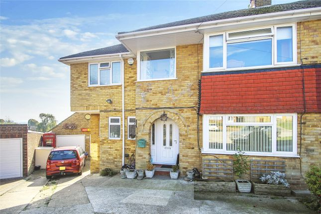 Picture No. 31 of Linwood Avenue, Strood, Kent ME2