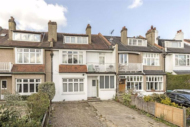 3 bed flat for sale in Elmers Drive, Teddington TW11