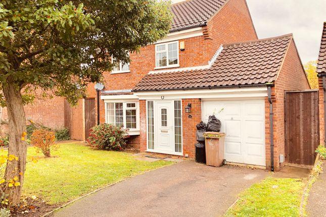 Thumbnail Detached house to rent in 16 Milverton Green, Luton