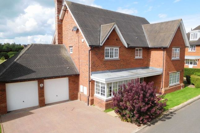 Thumbnail Detached house for sale in Silverdale Close, Wychwood Park, Weston