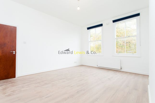 Thumbnail Duplex to rent in Alkham Road, Stoke Newington