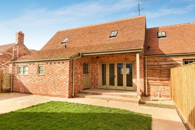 Thumbnail Barn conversion to rent in Penstones Court, Marlborough Lane, Stanford In The Vale, Faringdon