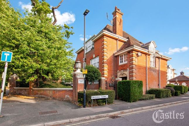 Thumbnail Property for sale in Menlow Lodge, Palmers Green