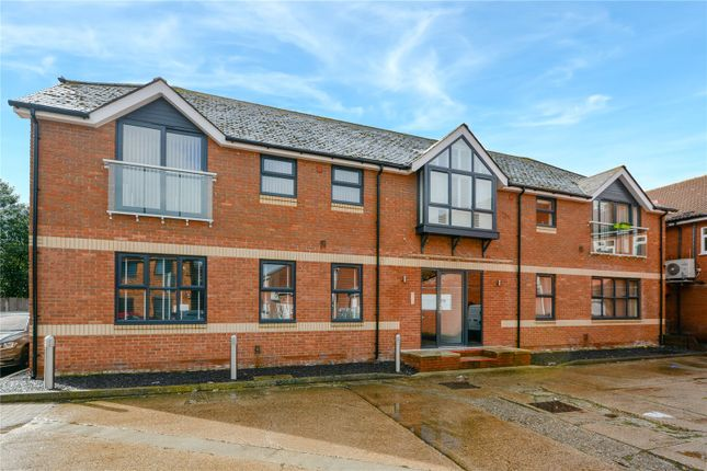 Thumbnail Flat for sale in Promethean House, Terrace Road South, Binfield, Berkshire