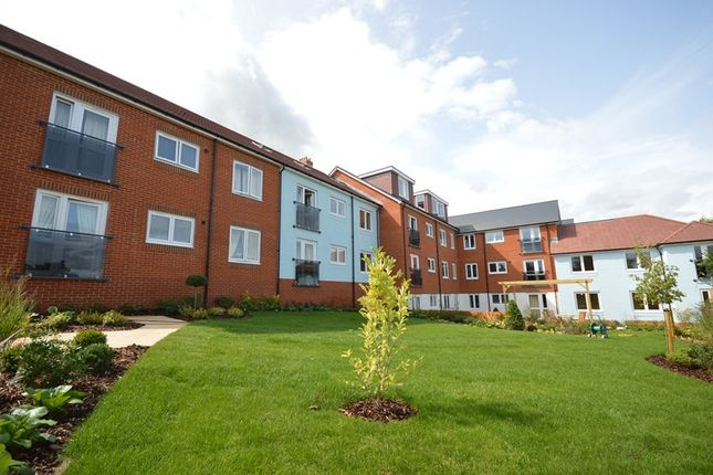 Thumbnail Property for sale in River Walk, Lymington