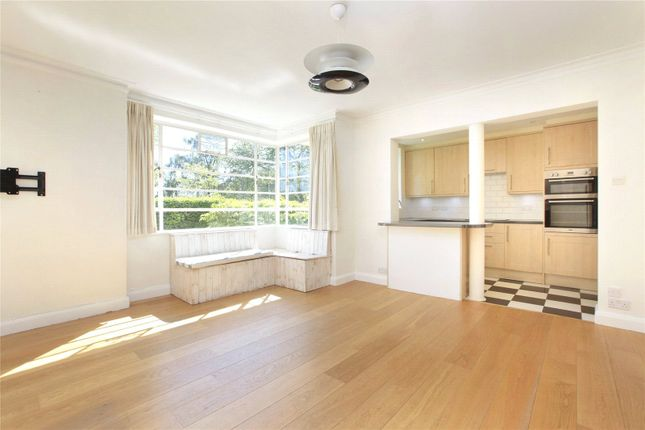 Thumbnail Flat to rent in Hightrees House, Nightingale Lane, Clapham South, London