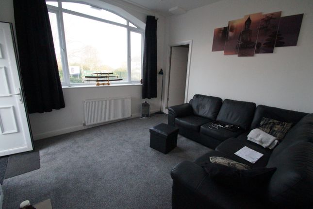 3 bed flat for sale in Cross Key Mews, Half Penny Lane, Pontefract, Yorkshire WF8