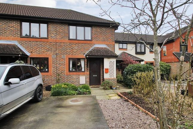 Thumbnail End terrace house for sale in Woodlands, Horley, Surrey