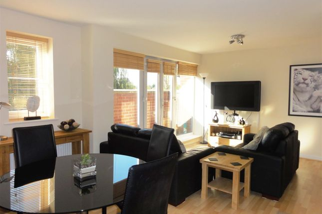 Thumbnail Flat for sale in Butlers Walk, Maynard Road, Edgbaston