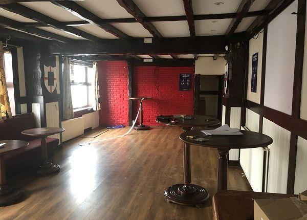 Thumbnail Restaurant/cafe to let in Graingers Lane, Cradley Heath