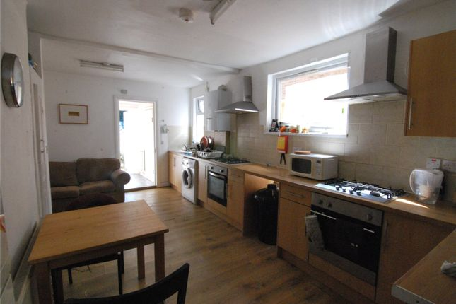 Thumbnail Property to rent in Effingham Road, London