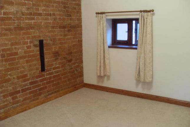 Thumbnail Barn conversion to rent in Coventry Road, Berkswell