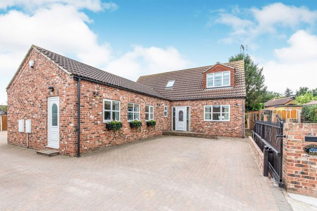 Thumbnail Detached bungalow for sale in High Street, Austerfield, Doncaster