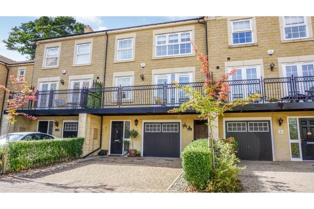 Thumbnail Town house for sale in Bluecoat Rise, Brincliffe