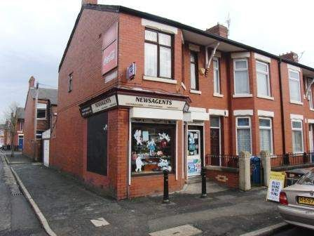 Thumbnail Retail premises for sale in Manchester M14, UK