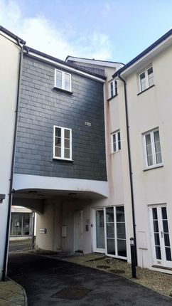 Thumbnail Flat to rent in Crockwell Street, Bodmin