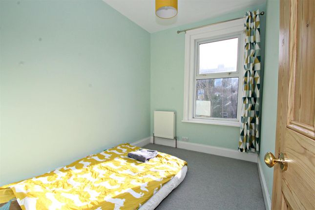 Bedroom 3 of Lindley Avenue, Southsea PO4